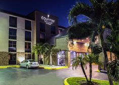 MIAMI AREA  Hot breakfast -   Fridge and micro   US$103.20 Conveniently located adjacent to Town & Country Mall in Kendall, this hotel offers comfortable guestrooms and suites southwest of Miami just minutes from...