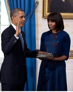 "Ever seen a ""president"" turn on his own administration? Apparently while I was trying to sleep away this headache that's what was going on. The word loyalty keeps popping up. It's strange. - #BarackObama #MichelleObama #POTUS #FLOTUS #usa  #MaliaObama #SashaObama #forevermypresident  #womensmarch  #forevermyfirstlady #FOREVER44 #FLOTUS44  #problack #feminism#colors#world  #obamafamily_forever_44  #mypresident  #blacklivesmatter #beautiful  #blackexcellence#Obamas  #moderndaypresidential"
