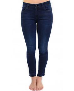 - Skinny fit, midrise, ankle length- - Zips at the ankles- Cotton-stretch denim Skinny Fit, Skinny Jeans, Trousers, Pants, Stretch Denim, Ankle Length, Leggings, Navy, Cotton