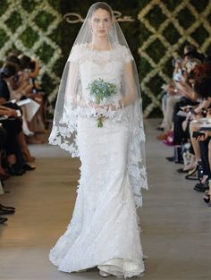 2013 Oscar de la Renta Wedding Gown