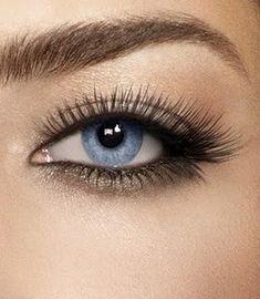 Shadow under lower eye lashes