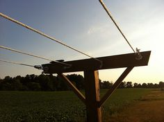 Awesome plan for a laundry line here. xo S http://diydiva.net/2012/07/diy-weekend-project-how-to-build-a-kickass-clothesline/