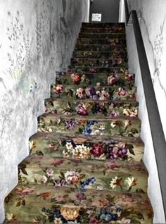 Cabbage Rose Vintage Carpeted Stairs
