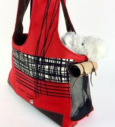 Le chouchou de ma boutique https://www.etsy.com/ca-fr/listing/517763331/sac-de-transport-pour-chien-sac-de