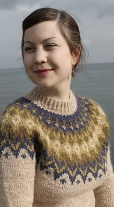 Nordic Sweater, Icelandic Sweaters, Fair Isles, Fair Isle Knitting, How To Purl Knit, Knitting Patterns, Crochet Patterns, Sweater Design, Textiles