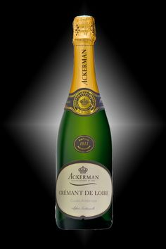 The Cremant de Loire AMBROSA brand by the House of Ackerman – Chenin, Chardonnay and Cabernet franc – Harmony and elegance, persistent white fruit flavors. It obtained a Silver Medal at the Best Sparkling Wines of the World Competition in 2013.
