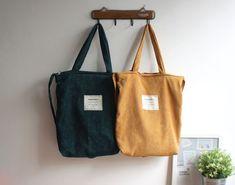 Minimalist Bags - My Minimalist Living Tote Handbags, Purses And Handbags, Mochila Tote, College Tote, Tote Bags For School, Diy Tote Bag, Cute Tote Bags, Minimalist Bag, Linen Bag