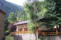 Well equipped and well maintained mountain chalet with an open fire place, gardens, outside BBQ etc.  Ideally located just 200 meters from the Vallnord gondola and from Andorra's trekking area.  Bars, restaurants and shops are all withing walking distance.     The trek to Andorra's highest mountain (Coma Pedrosa, 2'42m) starts right from your door step!