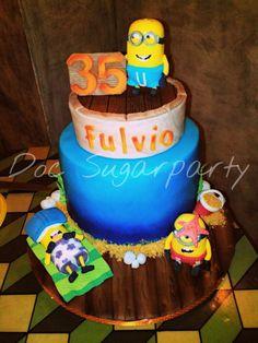 Minions beach birthday cake - Cake by Doc Sugarparty