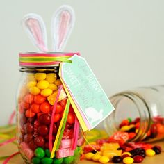 "This Easter gift is easy to make with Skittles & Starburst. Also download the free tags that read ""SomeBUNNY hopes you have a SWEET Easter!"""