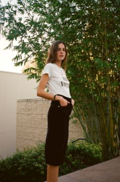 Meet our favorite French girl, Eleonore Toulin. Eleonore Toulin, French New Wave, European Vacation, French Girls, French Fashion, Short Sleeve Dresses, Shirt Dress, Stylish, Skirts