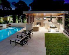 Outdoor Kitchen Bars, Backyard Kitchen, Backyard Bar, Outdoor Kitchen Design, Patio Design, Kitchen Modern, Outdoor Kitchens, Backyard Layout, Patio Bar