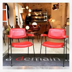 Pair of CM197 armchairs designed by Pierre Paulin and produced by Thonet in 1958.