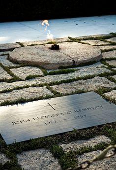 JFK Gravesite Eternal Flame | Arlington, VA