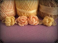 rosas de crochet en colores pastel