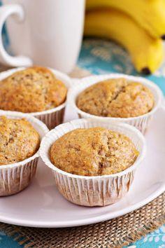 Healthy Recipe From Joy Bauer's Food Cures Banana Almond Muffins Almond Muffins, Banana Nut Muffins, Banana Bread, Fun Desserts, Delicious Desserts, Yummy Food, Top Dessert Recipe, Dessert Recipes, Banana Recipes