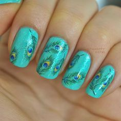 Peacock Feather Nails. Very pretty!