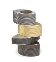 Dominique Labordery  Ring: Tulip  Gold, silver, oxidised silver