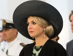 King Willem-Alexander and Queen Maxima of the Netherlands started the official visit to New Zealand. The Dutch royal couple arrived on Friday, November 4, 2016 and had no public engagements during the weekend. They were welcomed by Governor-General Dame Patsy Reddy at a ceremony at Government House on Monday, November 7, 2016 in Wellington, New Zealand. The Dutch King and Queen are on a three day visit to New Zealand.
