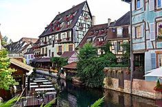 Colmar, Alsace  #loves_france #loves_europe #monumentaleurope #monumental_world #MyTravelGoals #medievalworld #super_france #thisis_theworld #travelballoons #TravelingGram  #Travelgram #todoclick #vivir_to2 #world_beststreet #wonderful_places #worldtraveler #worldbestgram #worldplaces #worldingram #worlderluxe #worlderlust #wendolieb #ok_streets #world_great #loves_street #LOVES_TRAVEL #loves_village #loves_cityscapes #LOVES_UNITED_TEAM #loves_united_europe