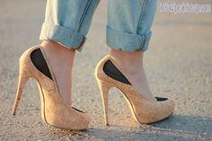 Boyfriend jeans, stars and cork pumps - #outfit- DoYouSpeakGossip.com