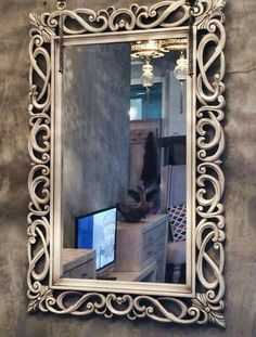 7 Astounding Tips: Large Wall Mirror Round wall mirror decoration entrance.Huge Wall Mirror Dressers large wall mirror home gyms. Tall Wall Mirrors, Wall Mirrors Entryway, Rustic Wall Mirrors, Round Wall Mirror, Mirror Set, Mirror Ideas, Mirror Bedroom, Floor Mirror, Diy Bedroom
