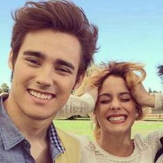 JORGE AND TINI ( MARTINA) IN LOVE? NOT JORGE BOYFRIENDS BY MARTINA, IT'S PETER LANZIANI