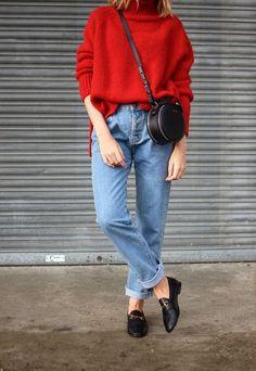 Яркий и стильный образ: 15 трендовых сумок этой осени