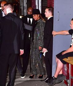 Pin for Later: The Fashion Crowd Goes All Out For the CFDA Awards Red Carpet Beyoncé Wearing Givenchy Haute Couture, Lorraine Schwartz jewelry, and Christian Louboutin shoes.