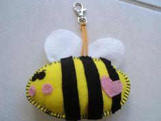 abelha chaveiro