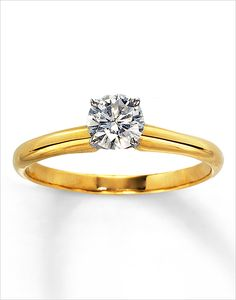 classic engagement ring | gold wedding ring | simple solitaire ring | #weddingchicks