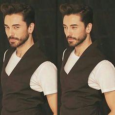 Bay mükemmel🖤👌 Turkish Men, Turkish Actors, Department Of Mechanical Engineering, Actor Studio, Erdem, Popular, Cute, Movies, Men