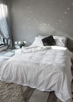 The softest bed sheets in white - perfect for any cozy bedroom modern bed sheets, Modern Bed Sheets, Modern Bed Linen, Modern Beds, Bedroom Modern, Queen Bed Sheets, Soft Bed Sheets, Best Bedding Sets, Bedding Sets Online, Apartment Bedroom Decor