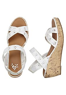 Shop fun & cute girls' sandals at Justice - She'll love our selection of bold gladiator sandals, fashion wedges & more! Elle Shoes, Church's Shoes, New Shoes, Shoe Boots, Baby Girl Shoes, Girls Shoes, Justice Accessories, Cheap Heels, Girls Sandals