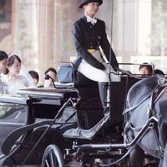 海外王室のウェディングのような華やかなホースパレードが鮮やかに印象に残る、卒花嫁「er_wd」さまの挙式。「ウェスティンホテル東京」の高級感たっぷりの雰囲気にもぴったりとマッチする、本物のプリンス&プリンセスのようなおふたりの挙式のご様子をご紹介します。