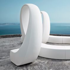 """And"" Sculpture - Domus Outdoor"