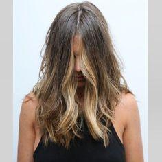 Ideas Hair Color Blonde Highlights Beach Haircuts For 2019 Hair Color And Cut, Brown Hair Colors, Blonde Color, Blonde Highlights, Subtle Highlights, Gisele Hair, Brown Hair Balayage, Brown Blonde, Colored Hair Tips