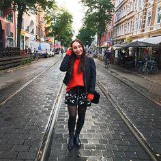 It's time for overknees #miniskirt #overknees #autumnoutfit #zara #cashmere #itscoldoutside #outfitpost #ootd #potd #instamood #instadaily #fashiongram #fashionblog #stylediaries #styleinspiration #inspirationoftheday #fashiondaily