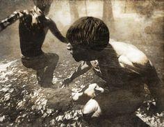 La Valise brésilienne, dernière exposition de Jasper de Beijer visible à l'Asya Geisberg Gallery de New York, fait le récit d'expéditions imaginaires en quête d'une civilisation perdue de l'Amazonie. L'œuvre mêle les recherches minutieuses, le récit fictionnalisé, les photographies mises en scène et la réalité virtuelle.