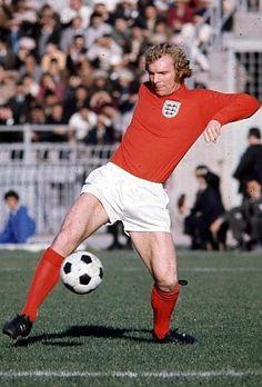 Sport Football, Soccer, Jimmy Greaves, West Ham United Fc, Bobby Moore, Association Football, London History, Most Popular Sports, Vintage Sport