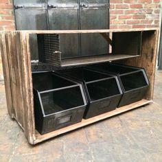 ancien meuble pupitre industriel d 39 usine d 39 atelier renault en m tal patine graphite il est. Black Bedroom Furniture Sets. Home Design Ideas