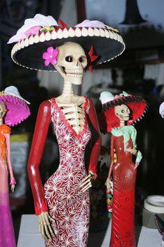 La  Belleza y Elegancia  de una Ccultura Tradicionalista por Excelencia ... Dia de Muertos.. Ritual de Vida y Muerte