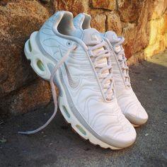 "Super Price: 119 Nike Air Max Plus Wmns Premium ""Light Bone"" Size Wmns (Spain Envíos Gratis a Partir de 99) http://ift.tt/1iZuQ2v  #loversneakers#sneakerheads#sneakers#kicks#zapatillas#kicksonfire#kickstagram#sneakerfreaker#nicekicks#thesneakersbox #snkrfrkr#sneakercollector#shoeporn#igsneskercommunity#sneakernews#solecollector#wdywt#womft#sneakeraddict#kotd#smyfh#hypebeast #nikeair#huaraches #nike #nikeairmaxplus"