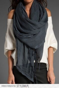 fashionable scarf: the perfect accessory