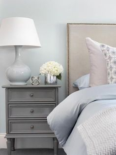 Gray and White Bedroom Ideas, Gray Master Bedroom Ideas, Yellow Gray and White. - Gray and White Bedroom Ideas, Gray Master Bedroom Ideas, Yellow Gray and White Bedroom Ideas - White Bedroom Furniture, Gray Bedroom, Trendy Bedroom, Bedroom Colors, Bedroom Decor, Bedroom Ideas, Bedroom Small, Basement Furniture, Bedroom Bed