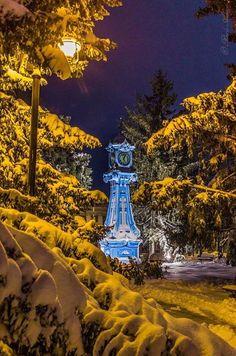 Ora exacta la Braila    Foto: Radu Arama    Surprising Romania - impreuna… Wonders Of The World, Places To Visit, Bucket, Urban, History, Country, Space, Architecture, Unique