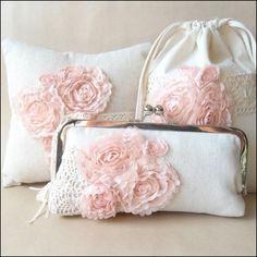Handmade wedding clutches from paper flora / as seen on www.brendasweddingblog.com #weddingaccessories