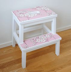 Safe Bekvam step stool for toddlers - IKEA Hackers Ikea Furniture Hacks, Diy Furniture Easy, Painted Furniture, Bekvam Stool, Ikea Bekvam, Ikea Hackers, Banco Ikea, Ikea Step Stool, Billy Ikea