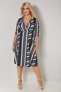 Stay stylish with this chic striped dress. In a flattering wrap style, it is cut to an on-trend midi length with an adjustable tie fastening to the waist for a comfortable fit. Team with your favourite pair of heels and a simple box clutch. Dress P, Wrap Dress, Beige Outfit, Fit Team, Striped Jersey, Wrap Style, Striped Dress, Navy And White, Dresses For Work