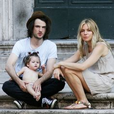 *EXCLUSIVE* Sienna Miller and Tom Sturridge enjoy some family vacation in Italy **USA ONLY** – Gallery Photo 1 | Celebrity Baby Scoop